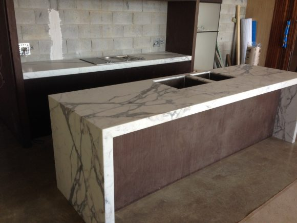 Calacutta Marble Kitchen Winner of Master Builders Australian Kitchen Of The Year 2015 For Kitchen Over 25000 1 580x435 - Kitchen