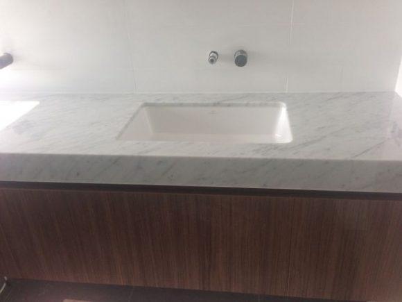Carara marble modern design undermount sink 580x435 - Bathrooms