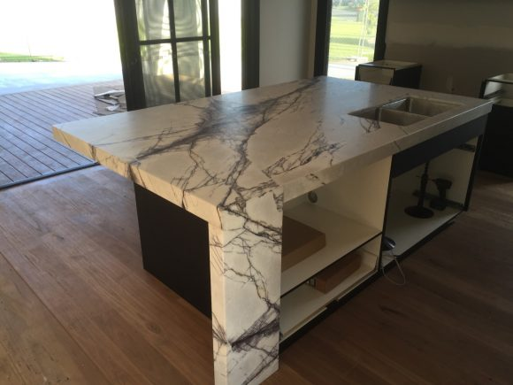 New York Marble 1 580x435 - Kitchen