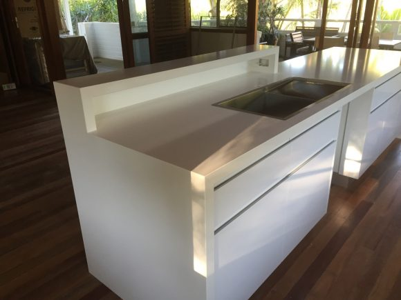 Quantum Quartz Alpine White Island Bench 580x435 - Kitchen